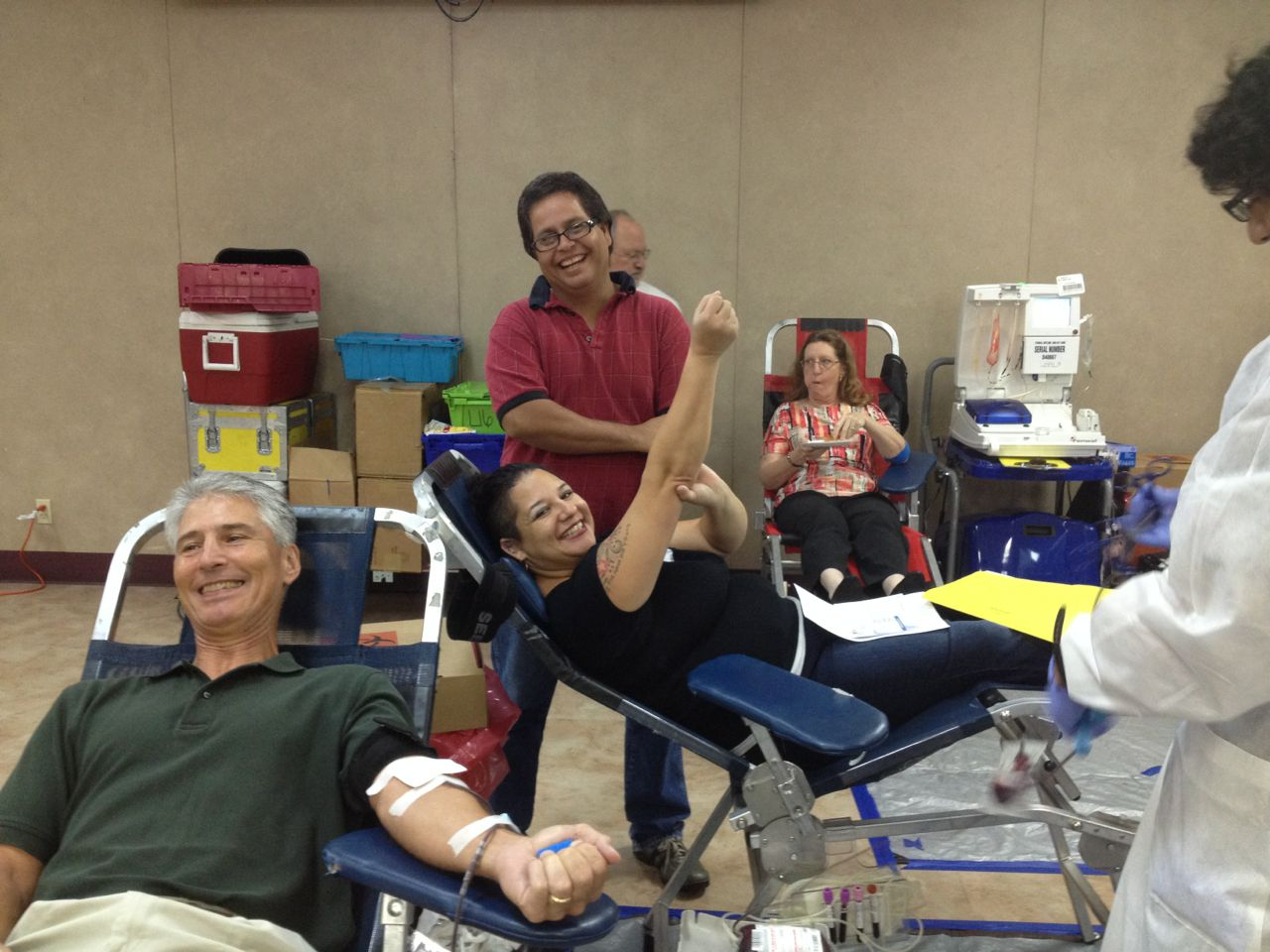 The Ramos family gives blood